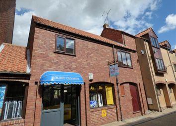 Thumbnail 2 bedroom flat to rent in Swabys Yard, Walkergate, Beverley