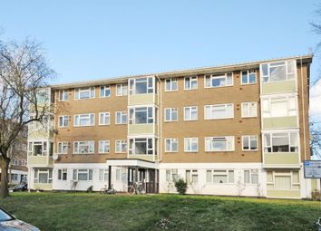 Thumbnail 3 bedroom flat to rent in Southfield Park, Oxford