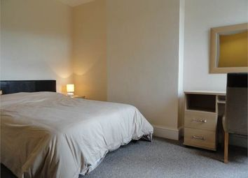 Thumbnail Room to rent in Room 2, George Street, Woodston, Peterborough