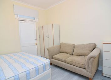 Thumbnail Room to rent in Elizabeth Road, London