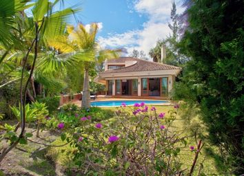 Thumbnail 4 bed villa for sale in Spain, Málaga, Benahavís, El Herrojo Alto