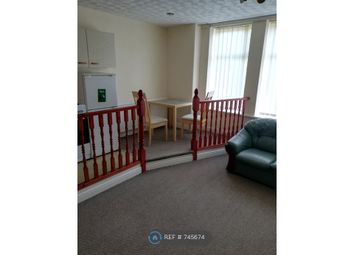 1 bed flat to rent in Crumpsall, Manchester M8
