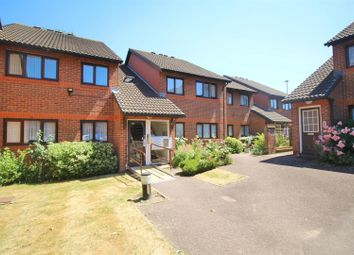 Thumbnail 2 bedroom flat for sale in Park Avenue, Enfield