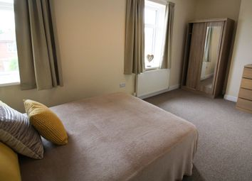 Thumbnail 5 bed shared accommodation to rent in Lorne Road, Thurnscoe