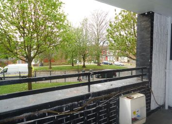 Thumbnail 1 bed property to rent in Edgecot Grove, London