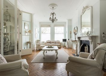 Thumbnail Serviced town_house to rent in Elmbourne Road, London