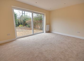 Thumbnail 1 bedroom flat for sale in Hastings Road, Ealing
