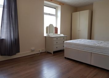 Thumbnail 3 bed property to rent in Silver Street, Roath, Cardiff