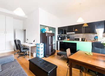 1 bed flat to rent in Queens Gate, South Kensington, London SW7