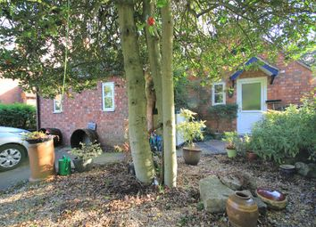 Thumbnail 1 bed flat to rent in Drake Street, Welland, Malvern