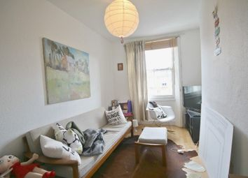 Thumbnail 1 bed flat to rent in Bechlor Cord, London