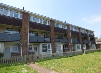 Thumbnail 3 bed property to rent in Culvers Retreat, Carshalton