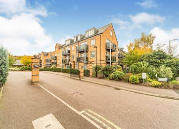 Constables Way, Hertford SG13. 2 bed flat for sale
