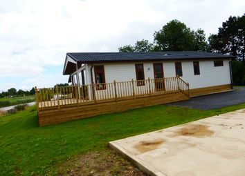 Thumbnail 3 bed mobile/park home for sale in Kirkgate, Tydd St. Giles, Wisbech