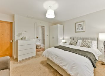 Thumbnail Room to rent in Newport Avenue, Canary Wharf