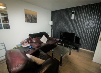 Thumbnail 3 bed flat to rent in The Poplars, Headingley, Leeds