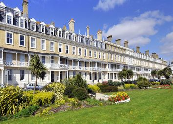 2 bed flat for sale in Heene Terrace, Worthing BN11