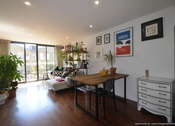 Thumbnail 2 bed flat for sale in Acer Road, London Fields