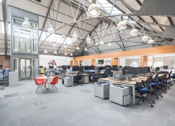 Office to let in Fashion Street, London E1