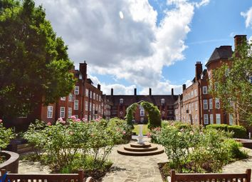 Thumbnail 2 bedroom flat to rent in Hampstead Way, London