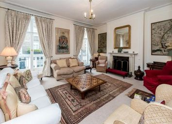 Thumbnail 3 bed property to rent in South Terrace, Chelsea, London