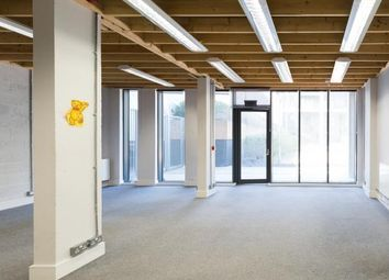 Office to let in 14, Enterprise Way, Wandsworth SW18