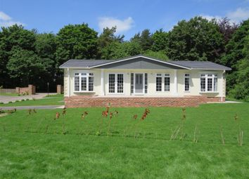 Thumbnail 2 bedroom mobile/park home for sale in Woodlands, Haveringland, Norwich
