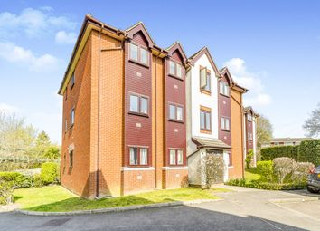 2 bed flat to rent in Compass Point, Fareham PO16