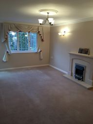 Thumbnail 2 bed flat to rent in Nottingham Road, South Croydon