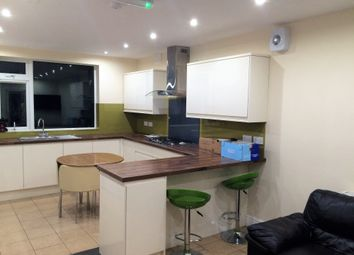 Thumbnail 6 bed terraced house to rent in Portland Street, Preston, Lancashire