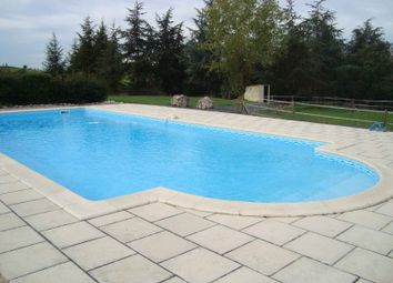 Thumbnail 6 bed town house for sale in 82150 Montaigu-De-Quercy, France