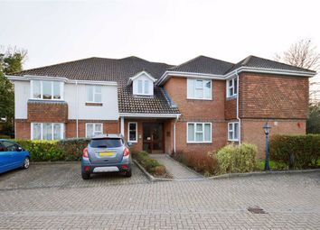 Caslake Close, New Milton BH25. 2 bed flat for sale