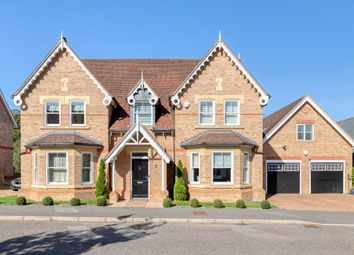 Thumbnail 5 bed detached house for sale in Shaftesbury Drive, Fairfield, Hitchin