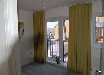Thumbnail 2 bedroom terraced house to rent in Central Road, Dartford