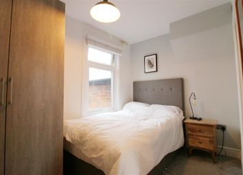Thumbnail 1 bed property to rent in Northfield Road, Reading, Berkshire