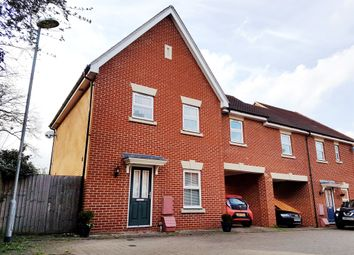 Thumbnail 3 bed link-detached house for sale in Chelwater, Great Baddow, Chelmsford