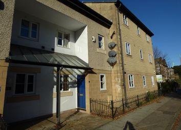 3 bed flat to rent in Chiltern Court, Scotforth Road, Lancaster LA1