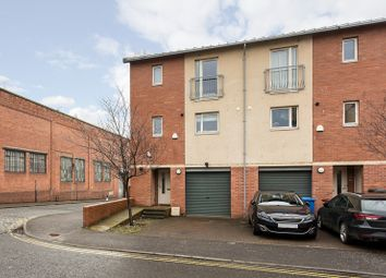 Thumbnail 4 bedroom town house for sale in Craigie Street, Dundee