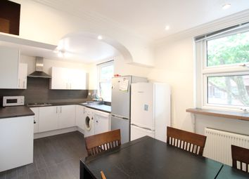3 bed maisonette to rent in Mowatt Close, London N19