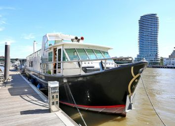 Imperial Wharf Marina, Fulham SW6. 2 bed houseboat