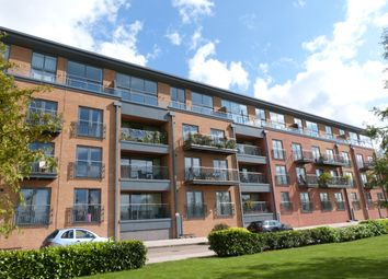 Thumbnail 2 bedroom flat to rent in Crossley Road, Worcester