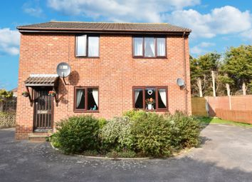 Thumbnail 2 bed flat for sale in Thatcham Gardens, Yeovil