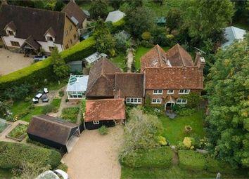 Pinks Hill, Wood Street Village, Guildford, Surrey GU3. 3 bed detached house