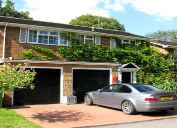 Thumbnail 4 bedroom detached house to rent in Valley Road, Henley-On-Thames