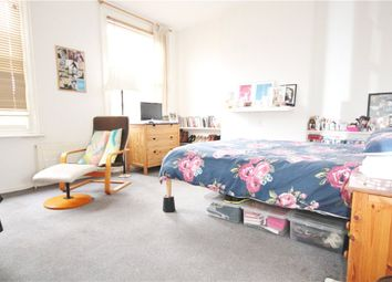 Thumbnail 3 bed flat to rent in Broadway, London