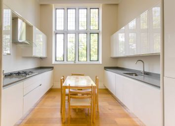 Thumbnail 2 bed property to rent in The Ridgeway, Mill Hill