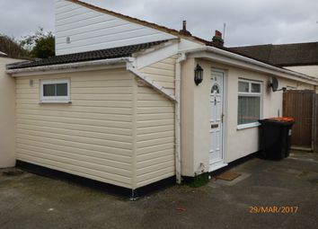 Thumbnail 1 bed detached house to rent in Princes Street, Dunstable