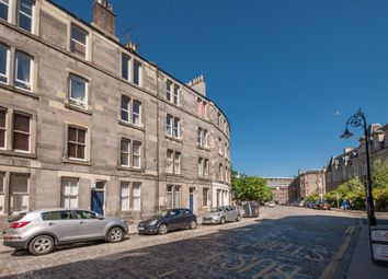 Thumbnail 2 bed flat to rent in Henderson Street, Leith