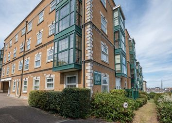 Thumbnail 4 bed flat for sale in Raleigh House, Cowes, Isle Of Wight