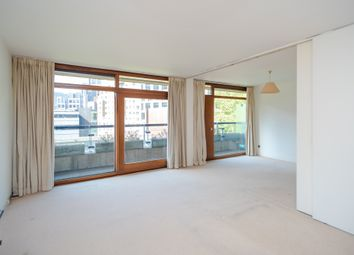 Thumbnail 1 bedroom flat for sale in Thomas More House, Barbican